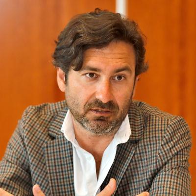 Esteban Almirón